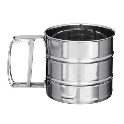 Кружка-сито для просеивания муки, металл, d. 10 см, обьем 375 гр
