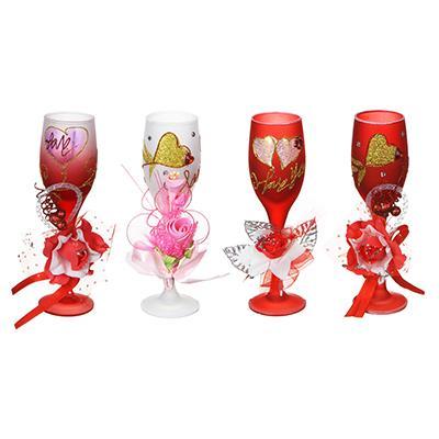 Свеча в стеклянном бокале с декором и сердечками, парафин, 19х8х8см, 4 дизайна