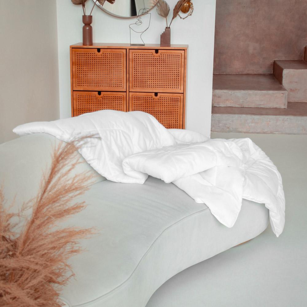 """Одеяло """"Лебяжий пух"""", стеганое, утепленное, 250гр/м, полиэстер, 172х205см - 4"""